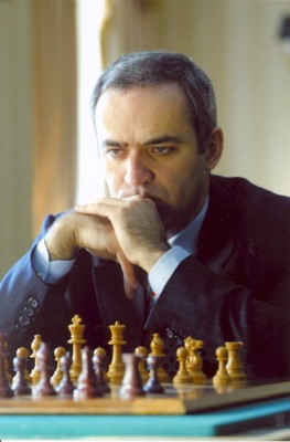 Garry_Kasparov,_New_York_City,_2003.jpg