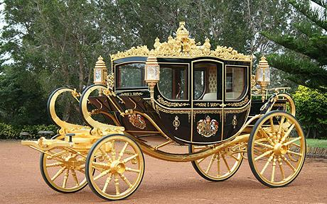 royal_coach_1251638c.jpg