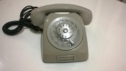 telefone+antigo+ericsson+anos+80+jundiai+sp+brasil__B71E6B_1.jpg