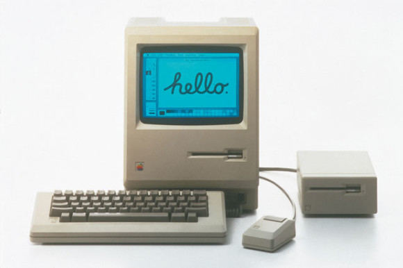 retouchphoto_apple_macintosh_1984_high_res_clean1-580x386.jpg
