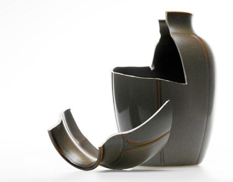 broken_vase.jpg